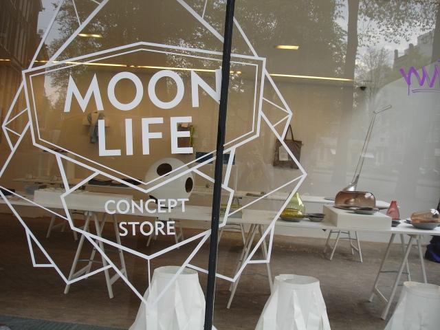 Moon Life store