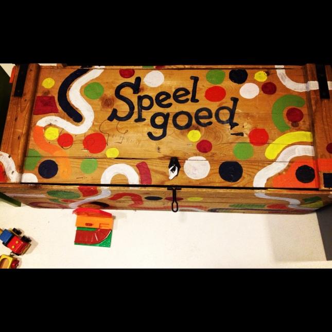 cool toy box designs